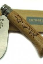 Coltello Opinel incisione cinghiali sul manico